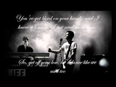 White Lies - Unfinished Business (lyrics)
