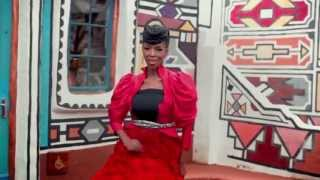 MAFIKIZOLO ft Uhuru KHONA (Official Music Video) HD