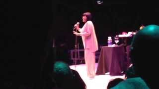 "Patti Labelle kicks shoes off while singing ""somewhere over the rainbow"""