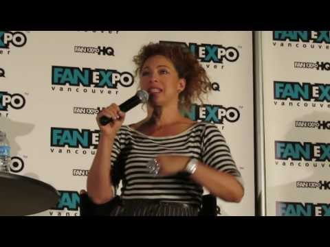 ALEX KINGSTON (Doctor Who & The Flash) - Fan Expo Vancouver 2016 - Full Panel