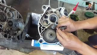 Cara Mengganti Laher Transmisi Manual - Tutorial merakit transmisi motor Jupiter Z