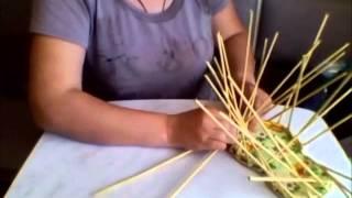 Плетение из газетных трубочек башмака. (2часть)