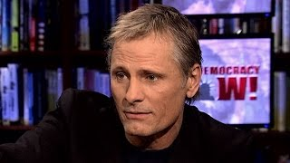 "Viggo Mortensen Helps Mark 10 Years of Howard Zinn's ""Voices of a People's History"""