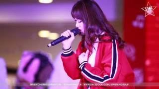 """Hariwon hát live """"Anh Cứ Đi Đi"""" tại SC Vivo City 25/6/2016"""
