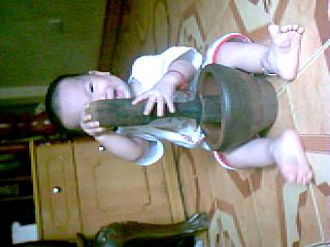 Nguyễn Duy Khánh dã gạo