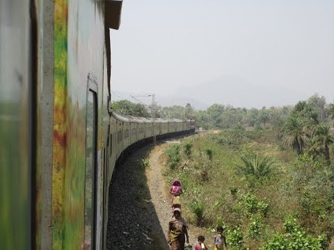 Howrah Mumbai Duronto Express: Major Station Skips and High Speed Action
