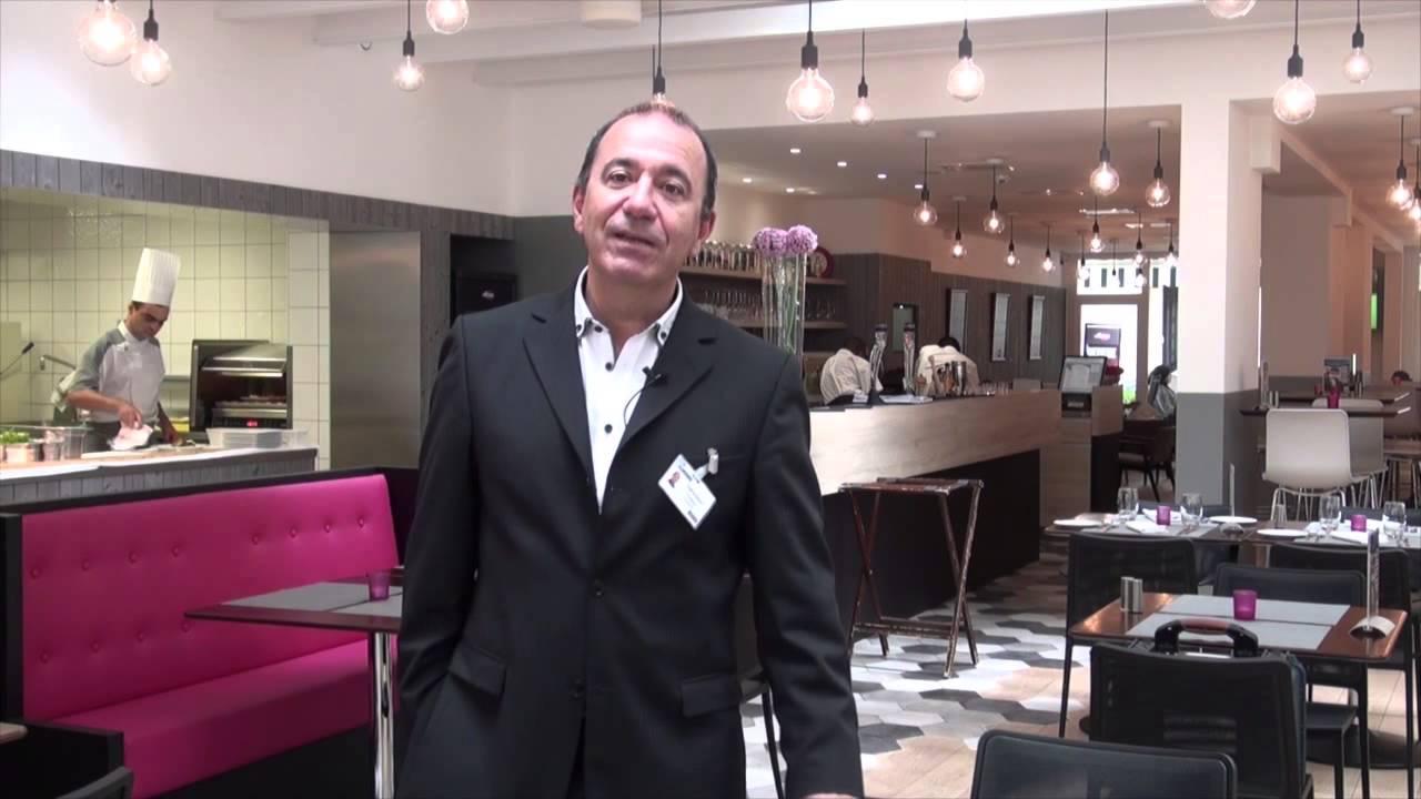 Interview de Philippe Gueninchault, directeur du café-restaurant