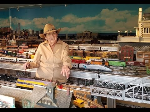 Greatest Woman Private Model Railroad RR O Scale Gauge Lionel Layout Ever? Meet The Train Lady