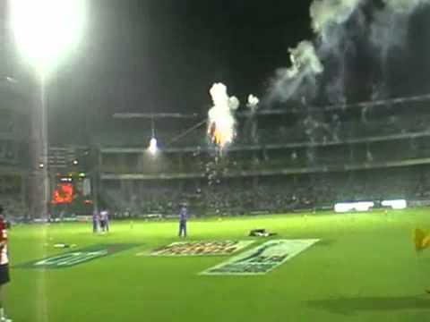 Akshay Kumar's LIVE Stunt at IPL
