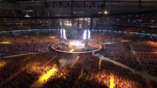 Video Set Fire to the Rain - Adele - Melbourne Concert 2017 download MP3, 3GP, MP4, WEBM, AVI, FLV Agustus 2018