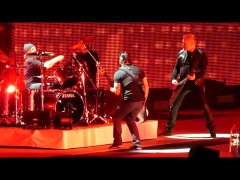 """Hardwired & Atlas Rise & Bell Tolls & Creeping Death"" Metallica@Philadelphia 5/12/17"