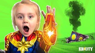 Captain Marvel Movie Gear Test + MYSTERY BOX FOUND | KIDCITY