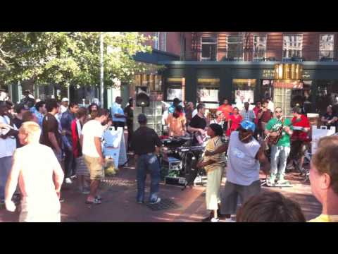 """Snoop Dogg - """"What's My Name?"""" (Cover) Street Performance by Green Line Inbound"""