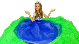 La princesa Polina va al baile con mamá.