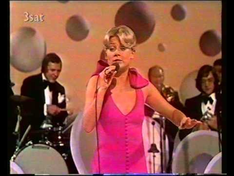 Gitte Haenning - Am Sonntag will mein Süßer... (1974)