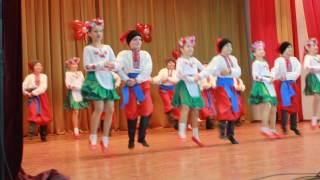 Український народний жартівливий танець.