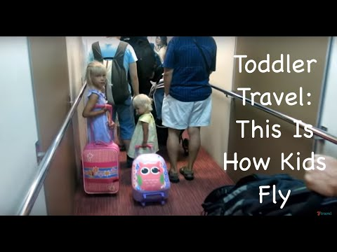 Toddler Travel: This Is How You Fly With Kids