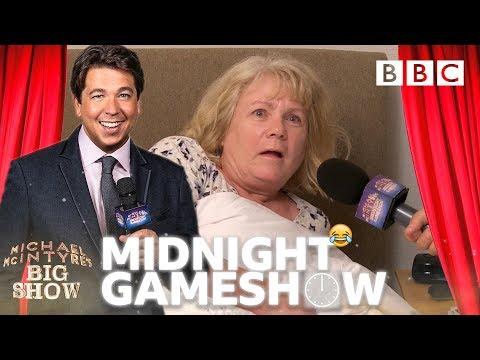 Michael McIntyre pranks giggling primary school teacher Jane - BBC