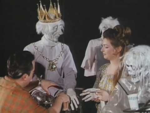 Haunted Mansion Celebrates 40 Years of Happy Haunts Disneyland Podcast #34
