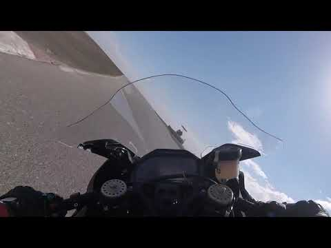 2018 BMW HP4 Race Buttonwillow Raceway Park | Ultimate Motorcycling