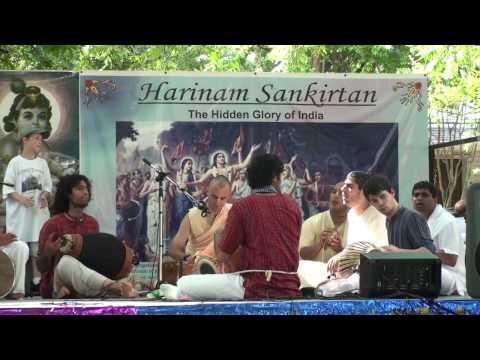 Rathayatra 2010 - Advaita Acharya das - Hare Krishna - 3/14