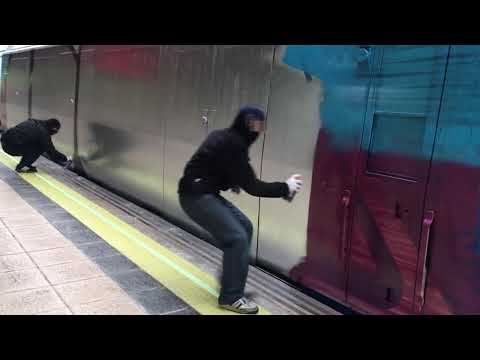 GRAFFITI BOMBING - GRAFFITI VIDEO - GRAFFITI TRAIN - GOPRO GRAFFITI