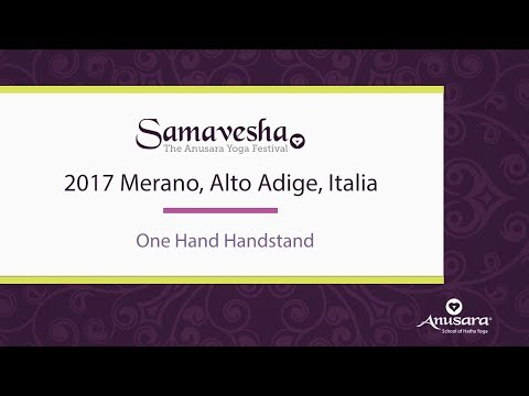 One Hand Handstand