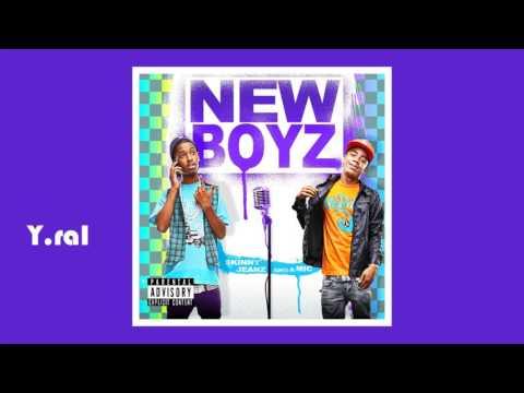 New Boyz - Tie Me Down ft. Ray J 3D Audio (Use Headphones/Earphones)
