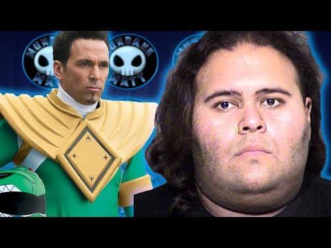 WTF - Man goes to Phoenix Comiccon to kill the Green Ranger?