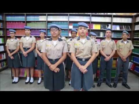 Em vídeo, alunos de colégio militar no AM chamam Bolsonaro de 'salvação
