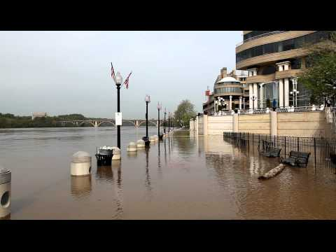 Washington Harbour / Georgetown waterfront flooded - April 18, 2011