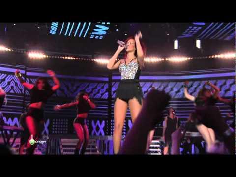 Rihanna   Medley (NBA All Star Game, Live)2011.avi