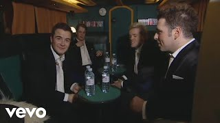 Video Westlife - Follow Westlife After They Exit the Stage (The Number Ones Tour '05) download MP3, 3GP, MP4, WEBM, AVI, FLV Desember 2017