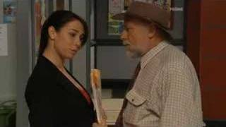 Home and Away 4456-1