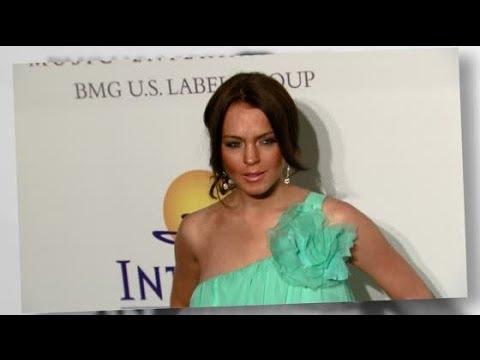 Lindsay Lohan Banished From NYC Teenage In-Crowd | Splash News TV | Splash News TV