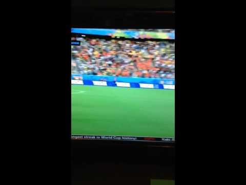 Van Persie diving header goal vs. Spain