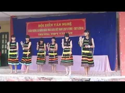Múa chiều lên bản thượng 11A11 – THPT Văn Lâm 2014