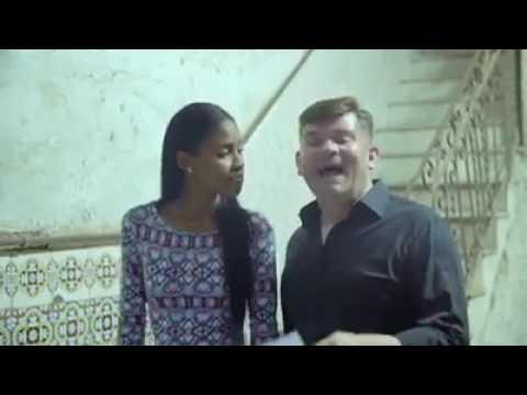 Zenek Martyniuk śpiewa po hiszpańsku 'Przez twe oczy zielone'