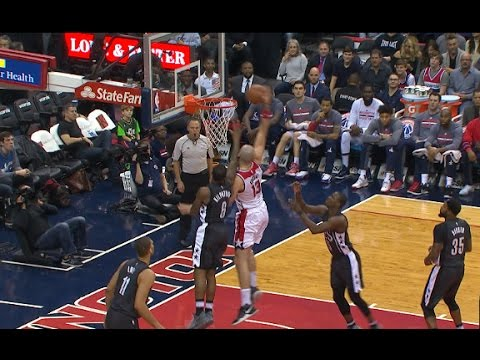 Marcin Gortat Putback Dunk Over the Nets | 12.30.16