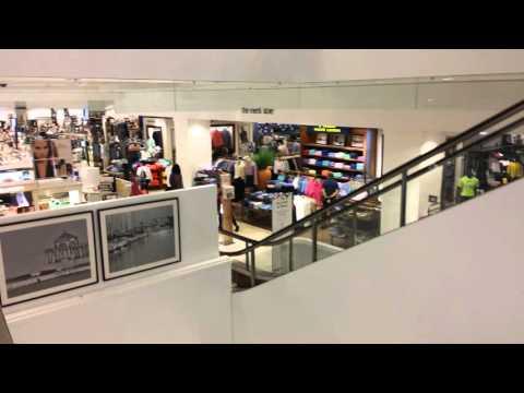 Fashion Island - Macy's - Newport Beach -   Newport Center Dr