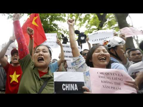 Thousands Protest In Vietnam Over China Oil Rig MUST SEE