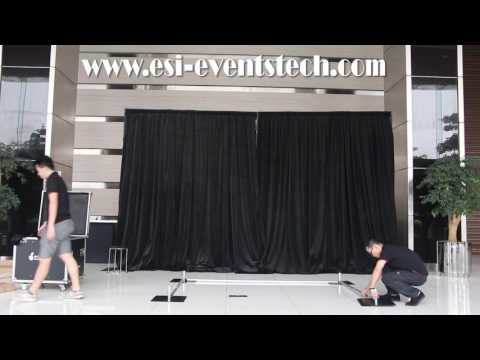 pipe-and-drape-trade-show-booth-set-up