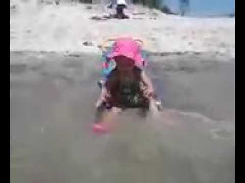 Olivia @ Far Rockaway beach