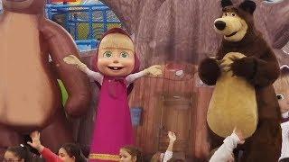 MAŞA ile KOCA AYI Gösterisine Gittik.Çok Eğlendik.Eğlenceli Çocuk Videosu.