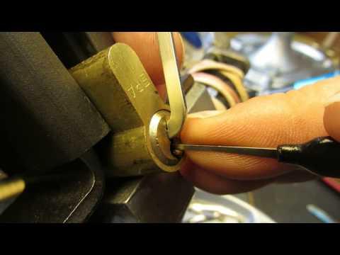 Взлом отмычками ERA   (265) ERA 6 Pin Euro Picked & Gutted ()