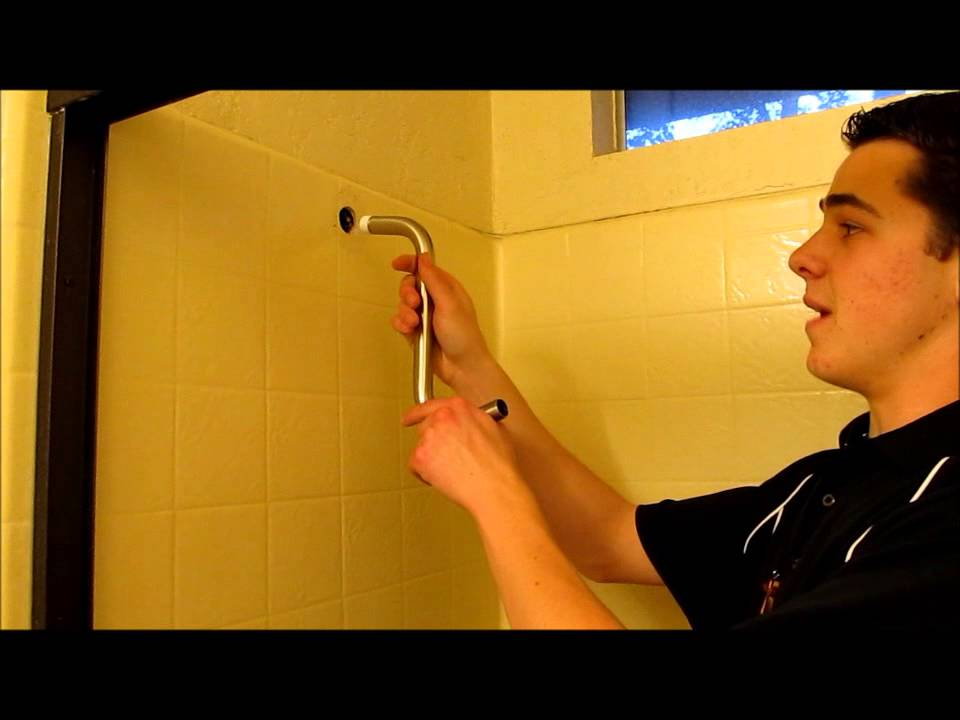 Attirant Jarvis Raises Shower Head With S Pipe   YouTube