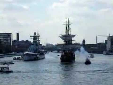 Swedish ship Götheborg Gun Salute to London