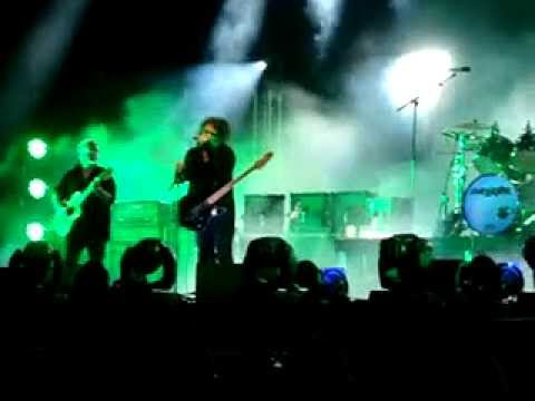The Cure - 'Lullaby' (BBK Live 2012)
