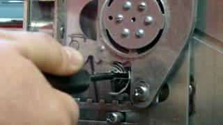 видео Гардиан 2514Т двухсистемный врезной замок