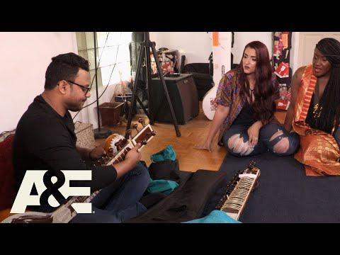 Storage Wars: Edwina and Shana Find Solid Gourd (Season 12) | A&E